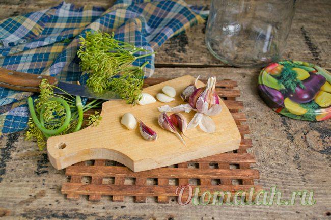 обработка чеснока и укропа