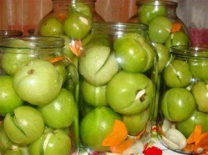 Острые маринованные зеленые помидоры на зиму