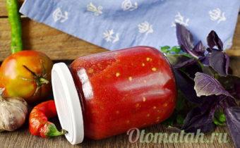сырая аджика из помидор и чеснока