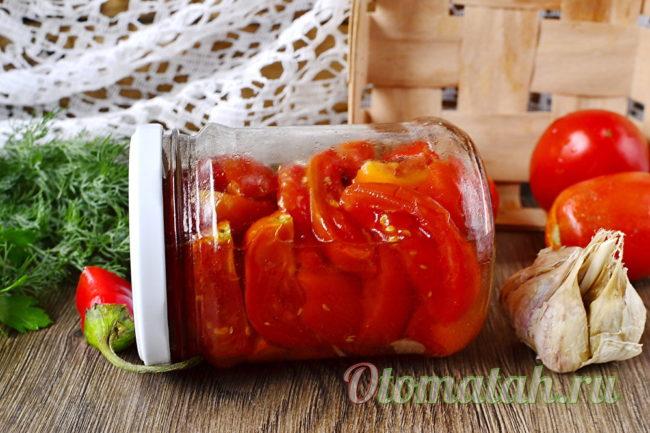 баночка с томатами на зиму