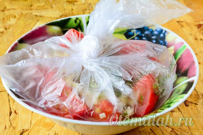 маринуем помидоры в пакете
