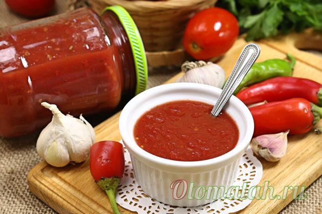 соус из томатов и базилика