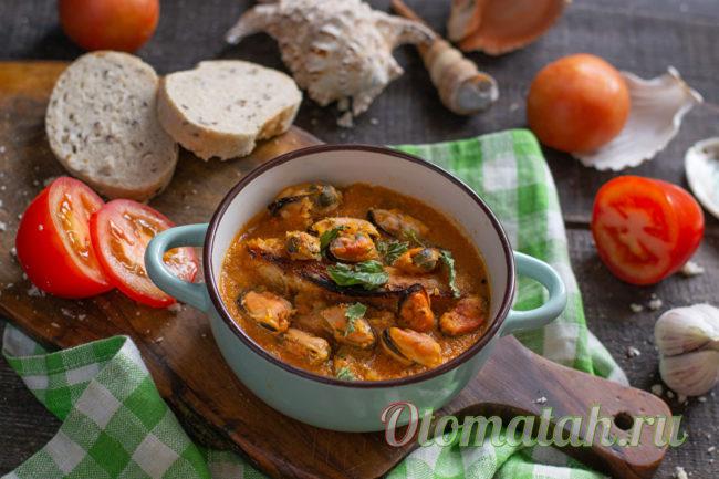 суп из томатов с мидиями
