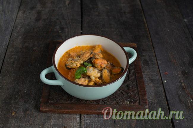 готовый суп с мидиями