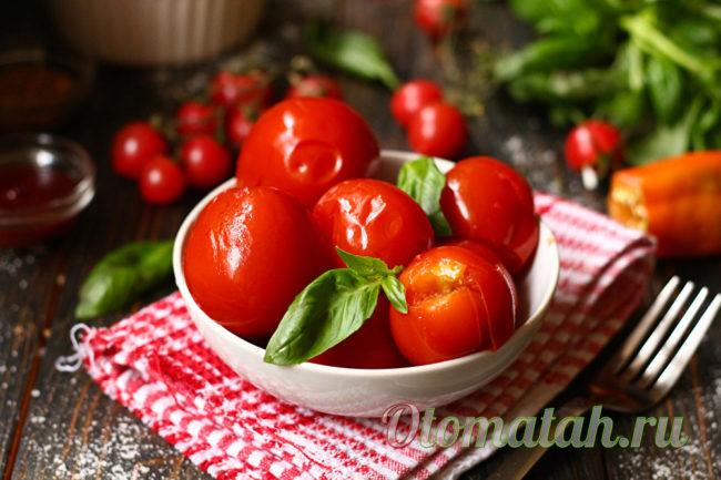 вкусные помидоры в банках