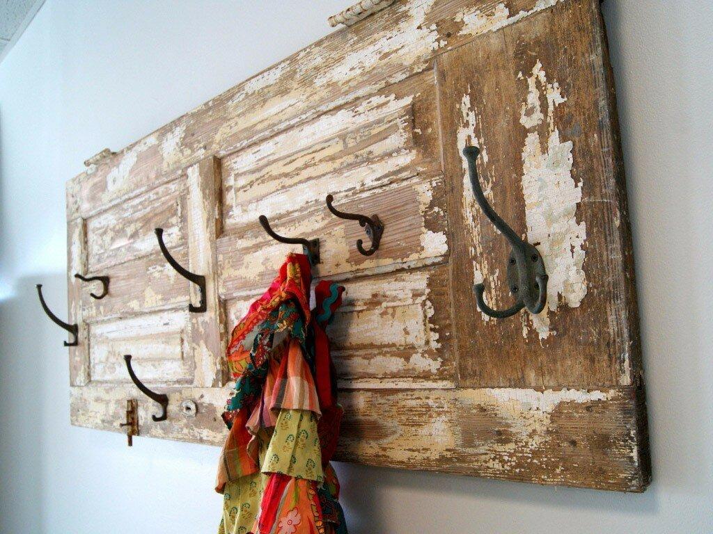 Двери на вашем участке: как можно использовать полотна с пользой