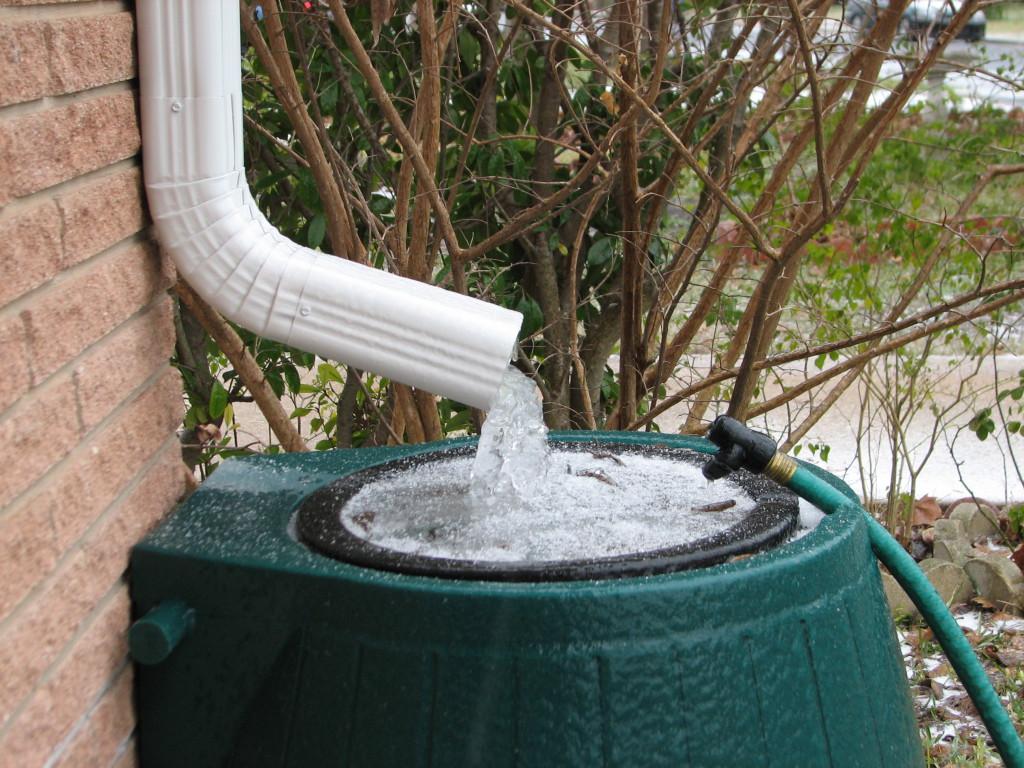 Собираем дождевую воду и используем ее с пользой