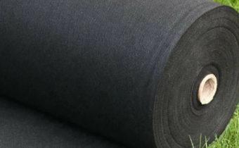 Как выбрать укрывной материал по цвету и толщине: виды спанбонда